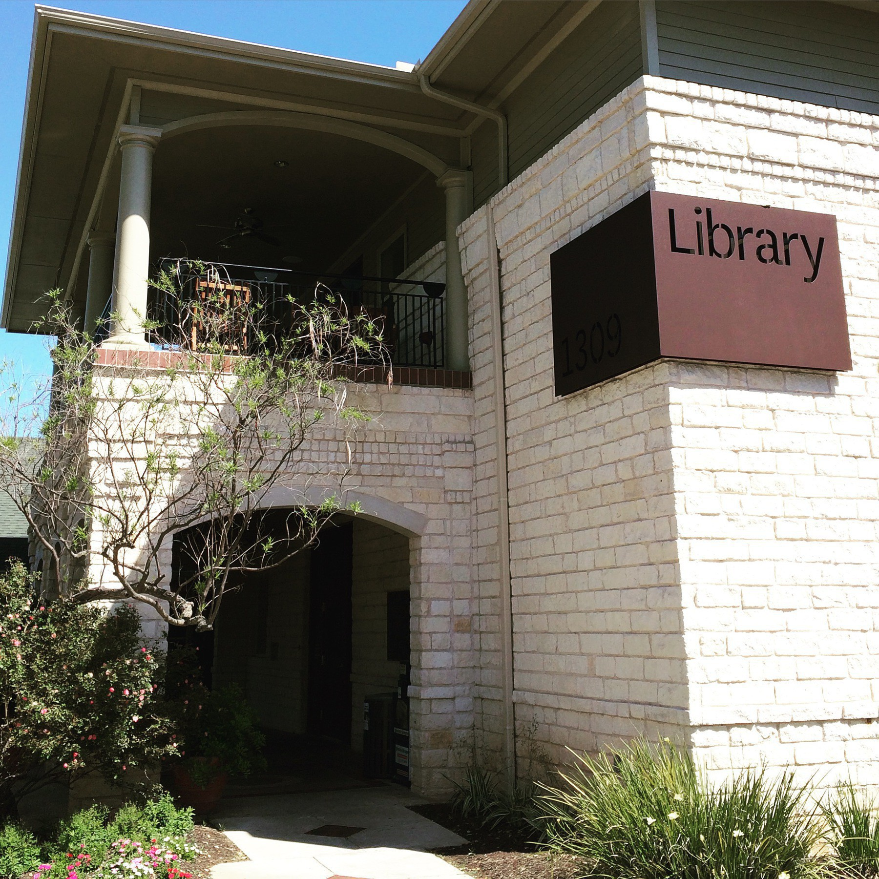 Westbank Community Library