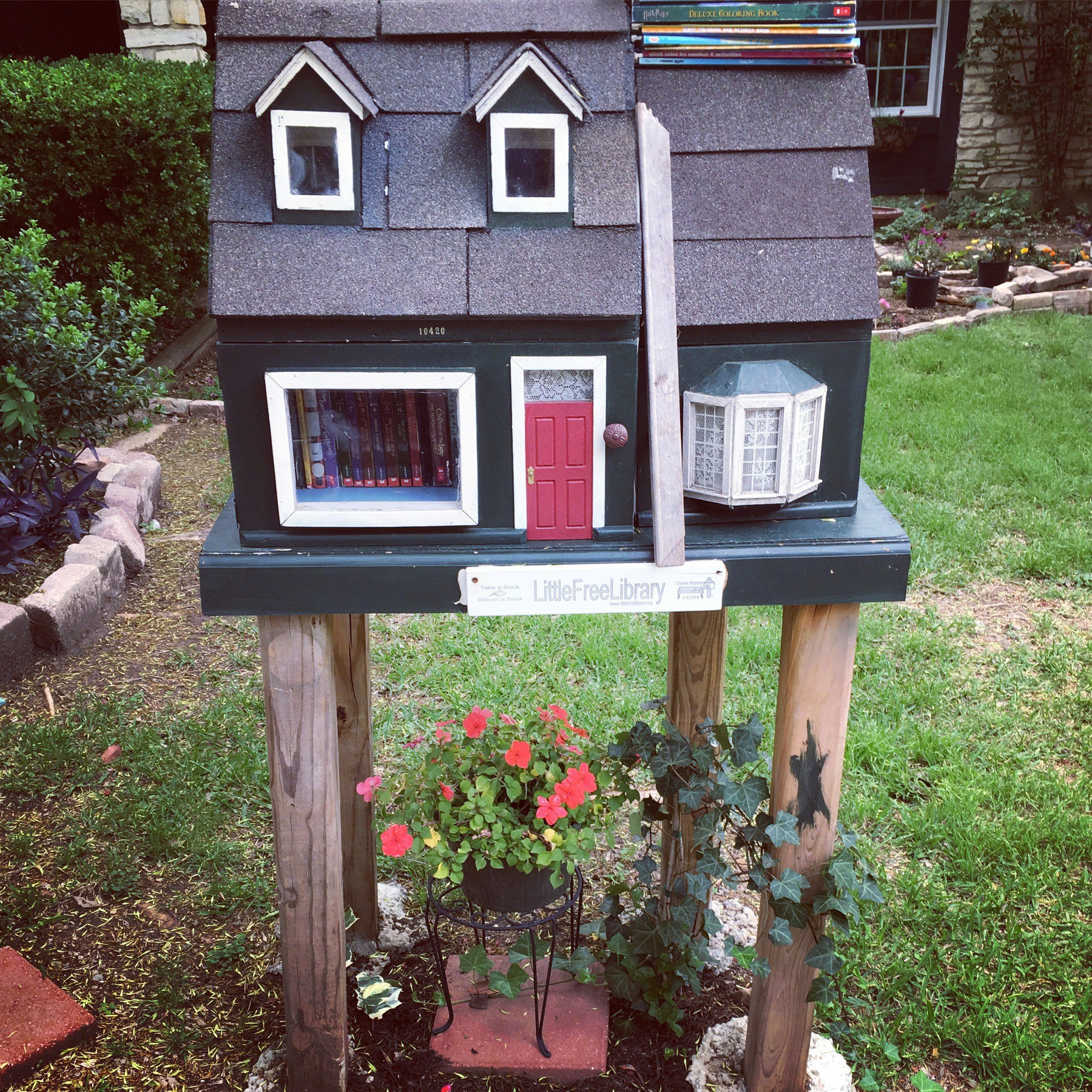 Doll house Little Free Library